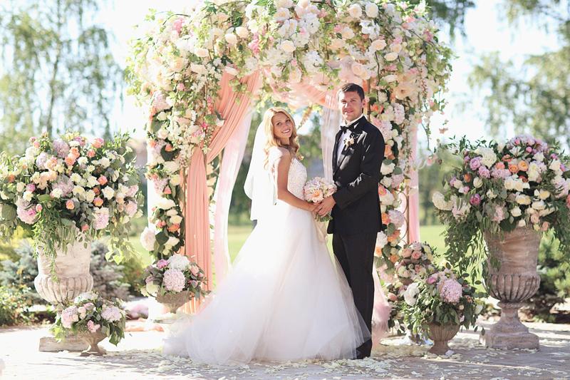 luxurious-summer-wedding-by-Sonya-Khegay-44