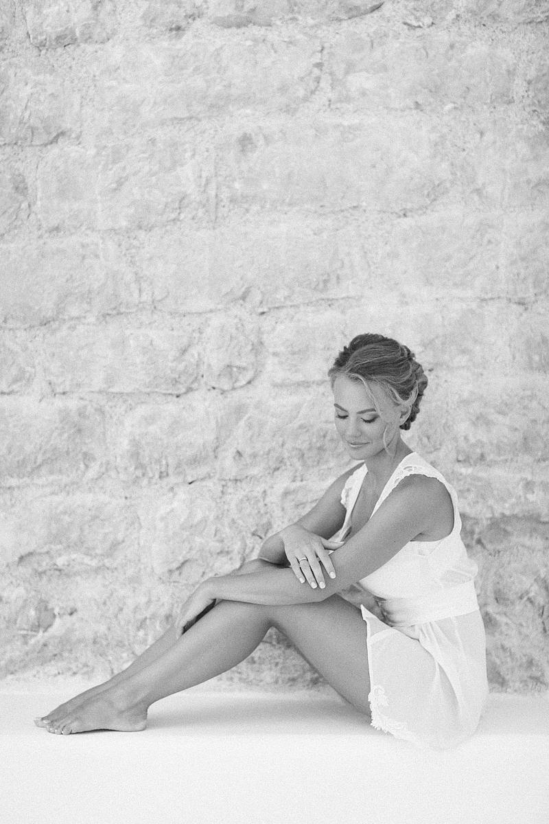 bridal-boudoir-Sveti-Stefan-by-Sonya-Khegay-06