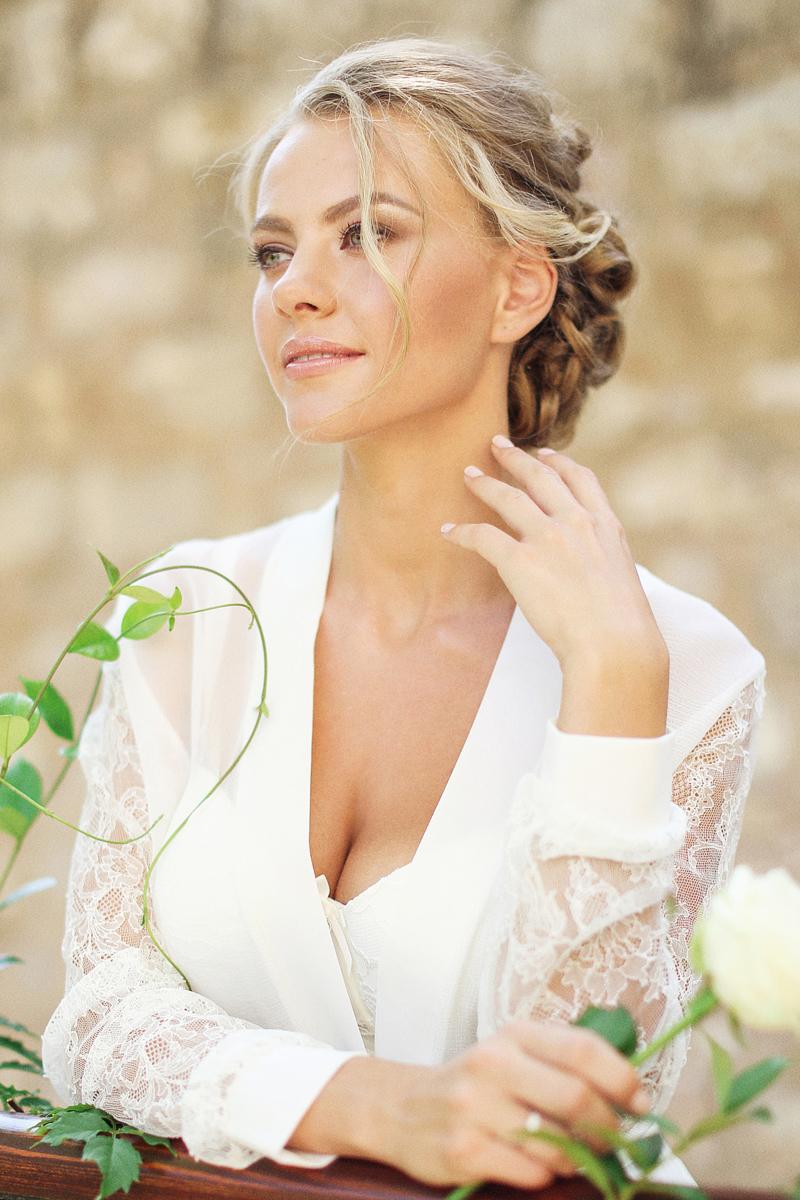 bridal-boudoir-Sveti-Stefan-by-Sonya-Khegay-15