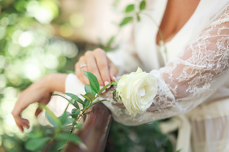 bridal-boudoir-Sveti-Stefan-by-Sonya-Khegay-17