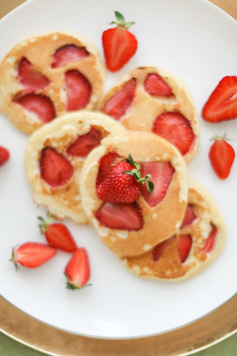 strawberry-pancake-by-Sonya-Khegay-04