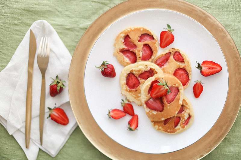 strawberry-pancake-by-Sonya-Khegay-07