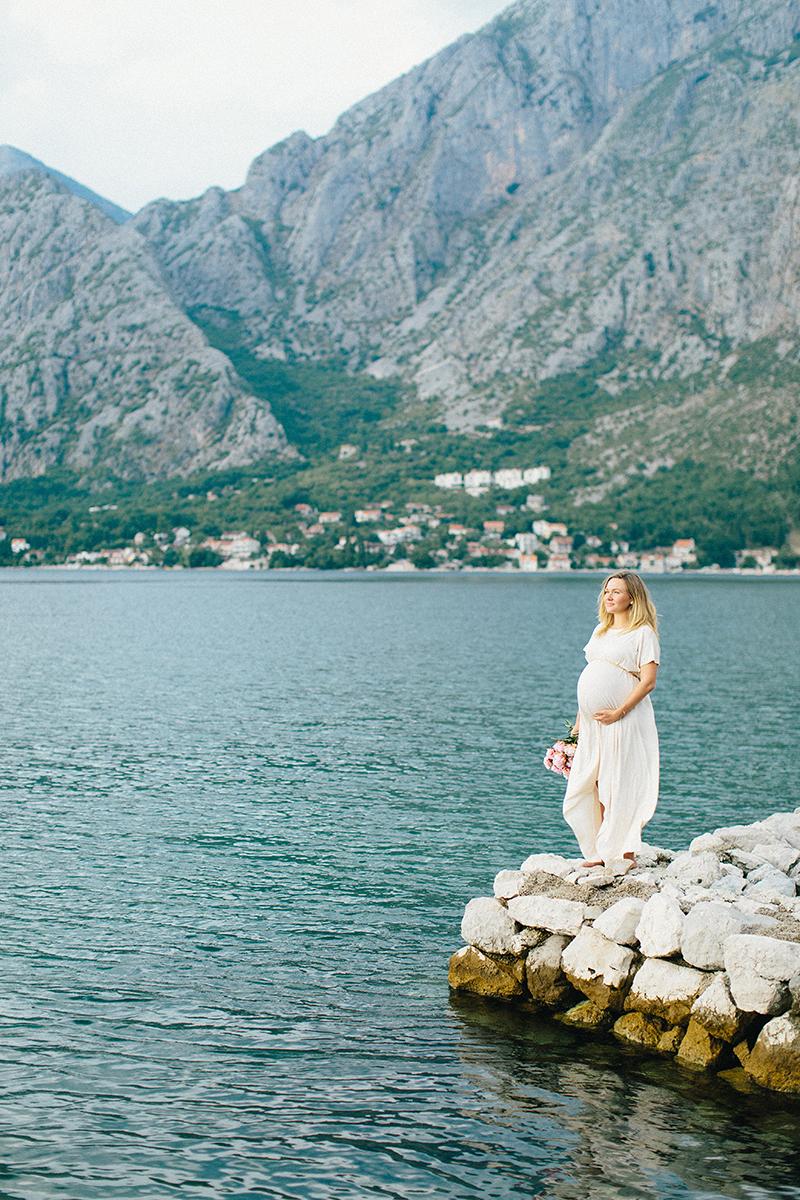 Jane-Montenegro-maternity-by-Sonya-Khegay-05