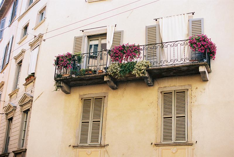 Bergamo-Italy-by-Sonya-Khegay-08