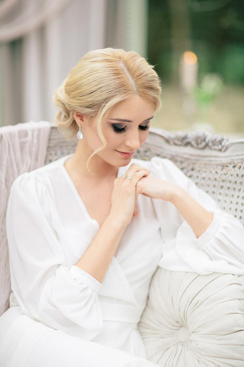 Elena-bridal-boudoir-by-Sonya-Khegay-08