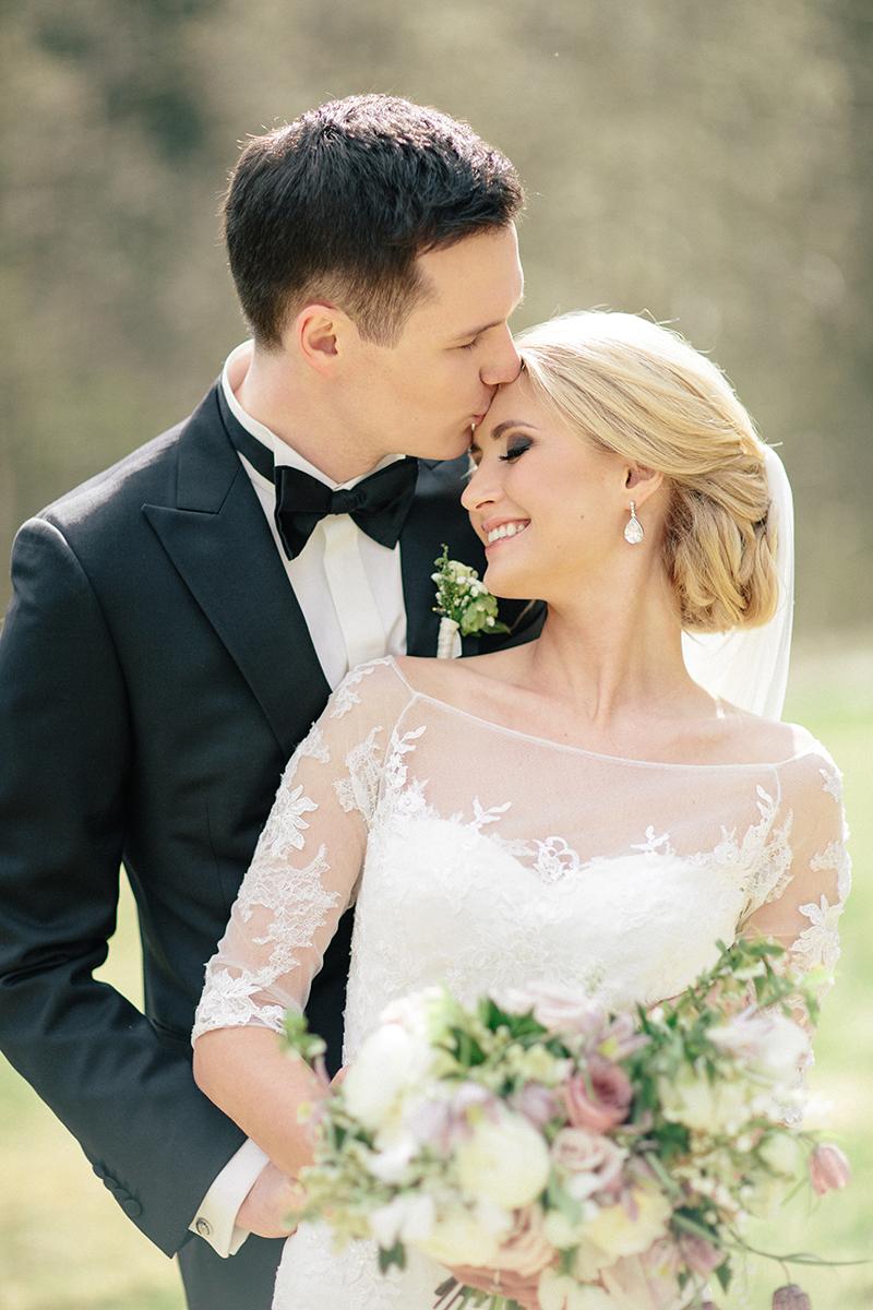 spring-romantic-wedding-by-Sonya-Khegay-11