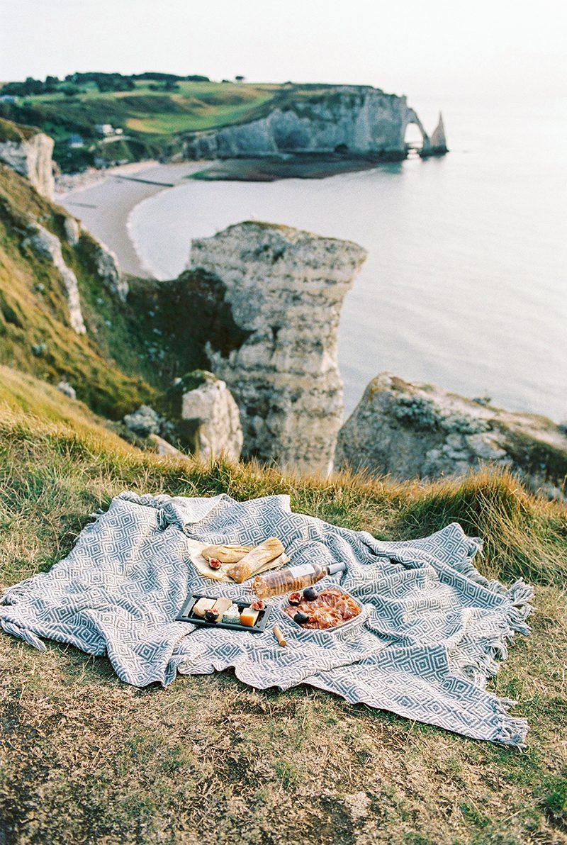 picnic at Etretat